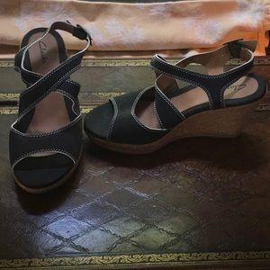 Clarks wedge platform sandal - black